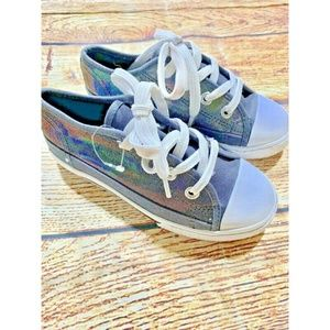 Girls Disney Liv And Maddie Shoes Size 12 Metallic